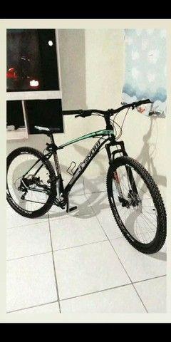 """Vendo essa bicicleta"""" 1.500"""