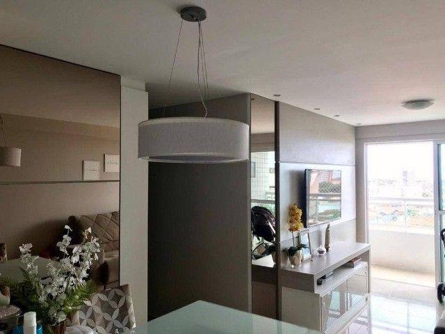 AB139 - Apartamento com 03 quartos/ piso porcelanato/ 02 vagas cobertas