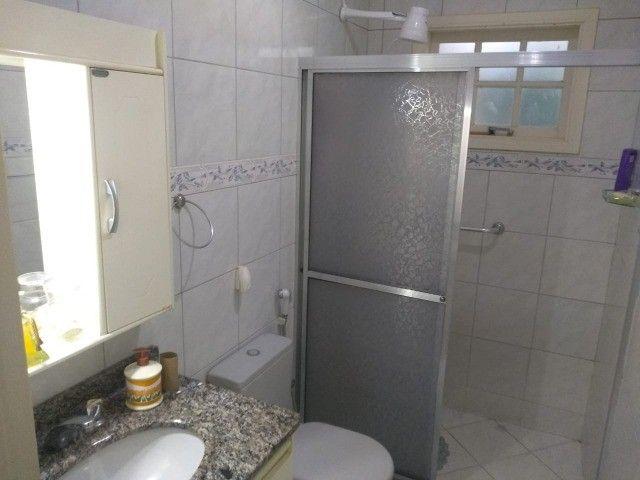 Casa com três dormitórios numa área de 720 m2 em Bairro nobre de São Lourenço-MG. - Foto 7