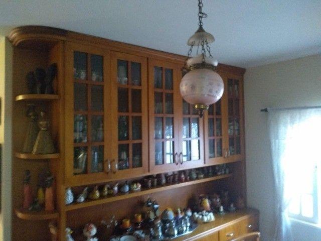 Casa com três dormitórios numa área de 720 m2 em Bairro nobre de São Lourenço-MG. - Foto 11