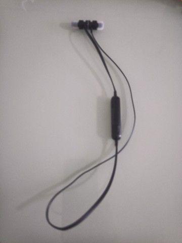 Fone de ouvido AWEI Bluetooth - Foto 2