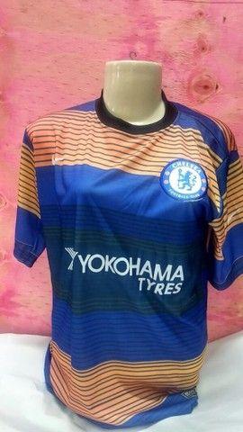 Camisas Futebol Internacional Masculina tamanho P adulto. - Foto 2