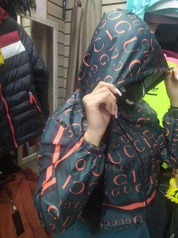 Corta vento Jaque blusa Louis Vuitton gucci Chanel