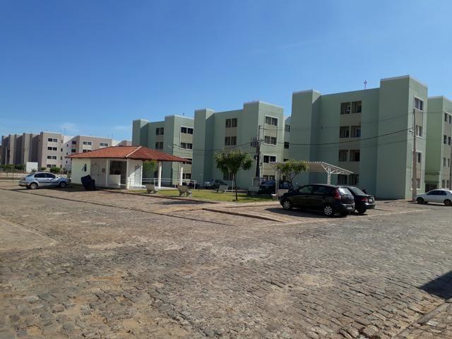 Apartamento condomínio ônix