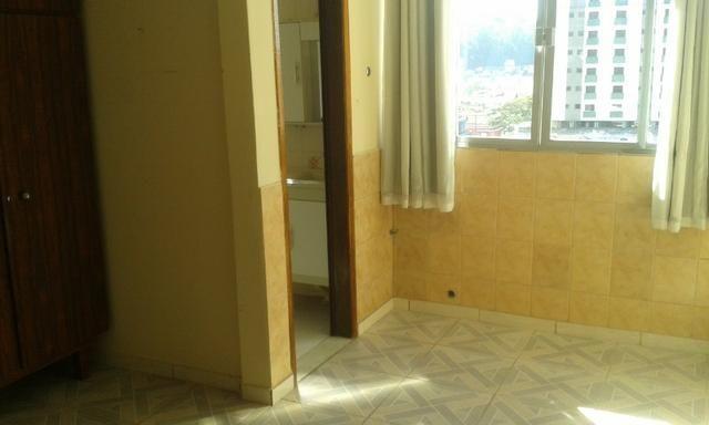 Apartamento com três dormitórios e espaço gourmet - Foto 19