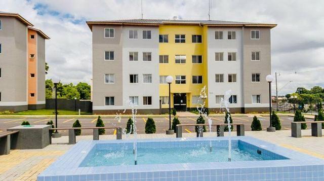 Apartamentos em Colombo com Três quartos pronto para morar. Entrada parcelada