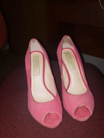 Sapato peep toe rosa