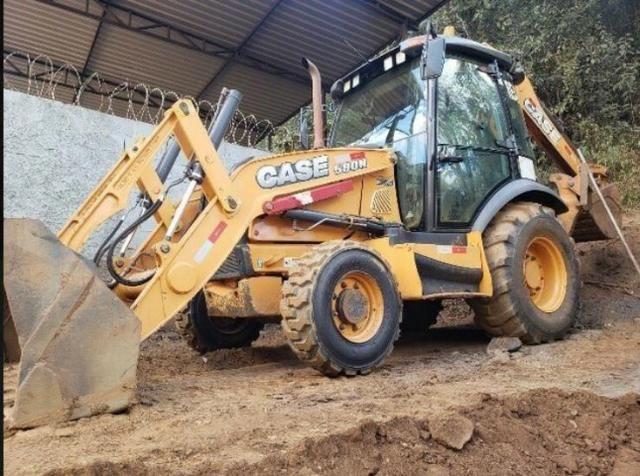 Retroescavadeira Case 580N 4X4 - Foto 2