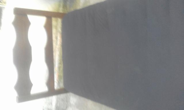 Cama suculpira + colchao
