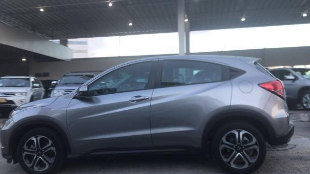 Honda HRV com IPVA 2019 e placa final 9, com câmera de ré - Foto 3