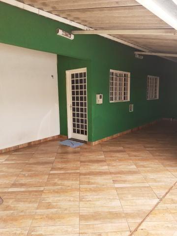 Casa 02 qtos,com área de lazer,e closet - Foto 2