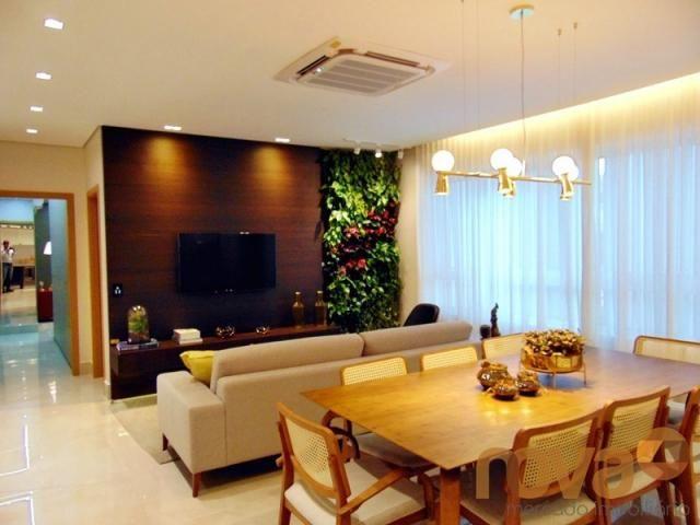 Apartamento à venda com 3 dormitórios em Setor marista, Goiânia cod:NOV235626