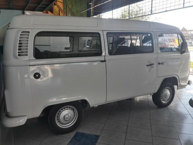 Volkswagen Kombi Passageiro 1.4 Flex - Foto 3