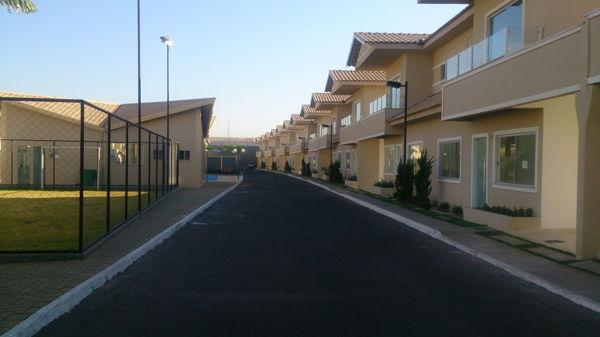 Casa em condomínio com 3 quartos no R- Vilar Primavera - Bairro Setor Castelo Branco em Go - Foto 15