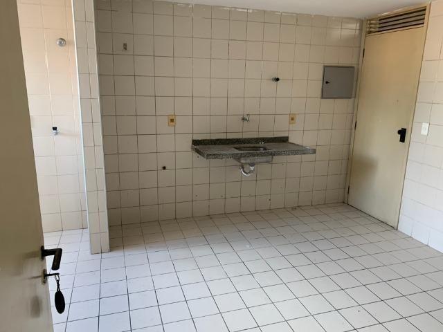 Apartamento no Cocó com 3 quartos + dependência de empregada - Foto 5
