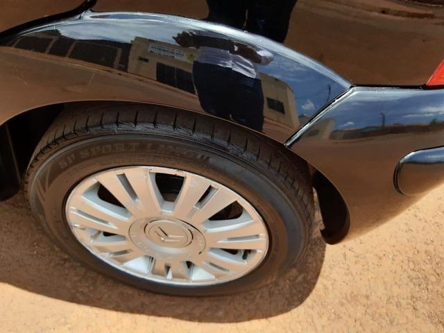 Citroen C3 Exclusive 1.6 Flex 2010/2011 - Foto 4