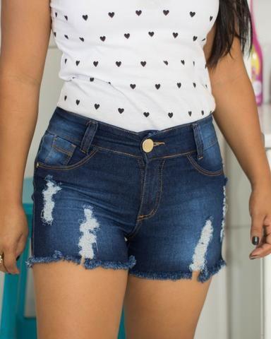 Short Jeans com strach lavagem escura - Foto 3
