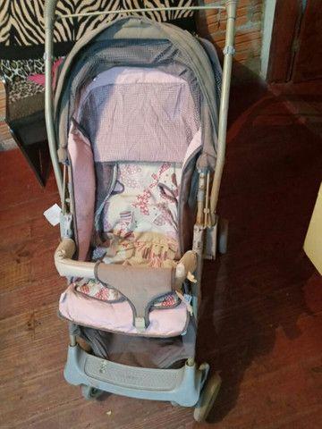 Carrinho de bebe menina - Foto 4