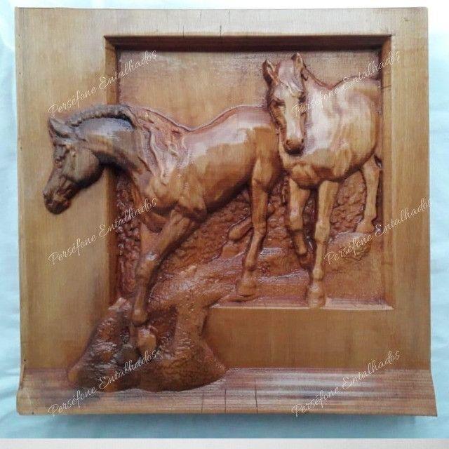 Cavalo Entalhado em madeira nobre - Foto 2