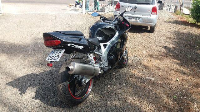 Vendo ou troco Honda cbr 900r - Foto 5