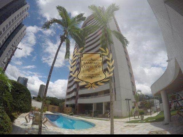 (V.E.N.D.E-SE) apartamento na Ponta Negra com 169m² em andar M.E.D.Í.O