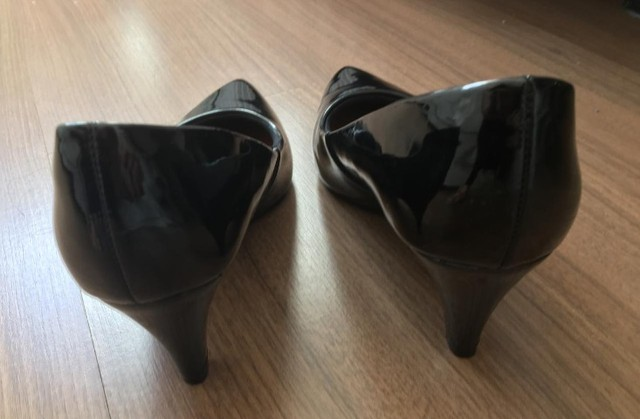 Scarpin preto tamanho 36 - Foto 3