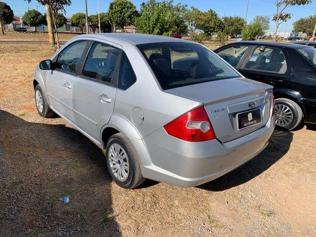 Venda Fiesta sedan 2008 1.6  - Foto 3