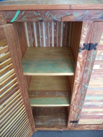 comoda em madeira de demolição portas ventiladas. - Foto 3