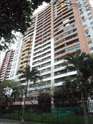 Apartamento com 3 suites de 125 m².