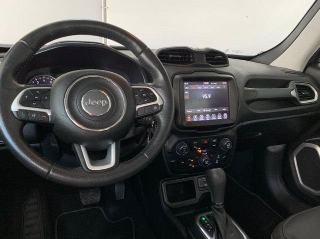 jeep renegade longitude 1,8  automatico 2019  km 37091 R$ 90.990,00 - Foto 9