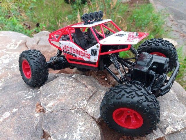 Carro de controle Tração 4X4 Bateria Recarregável
