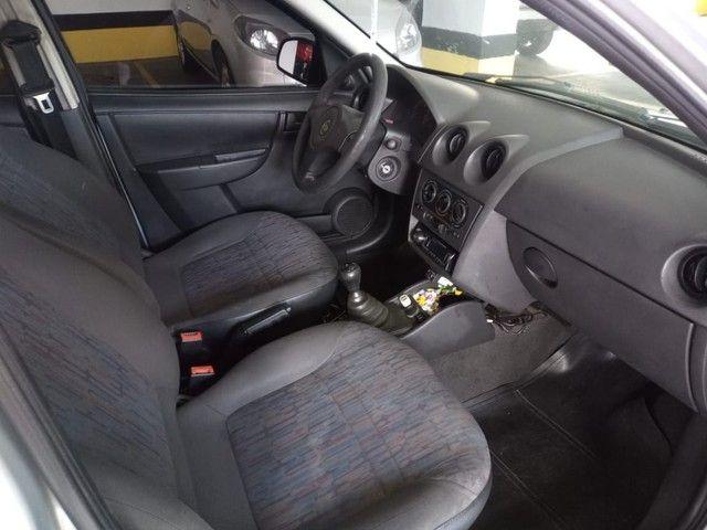 Chevrolet Celta Spirit 2011 completo com GNV.  - Foto 10