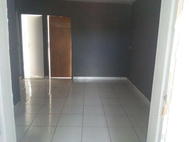 Alugo casa 3 quartos . 600 reais - Foto 6
