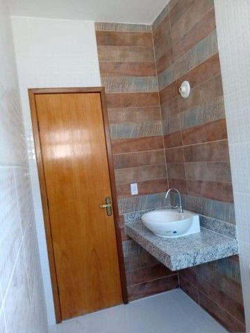 Maravilhosa casa em Itaipuaçú com uma excelente sala de estar!!!  - Foto 15