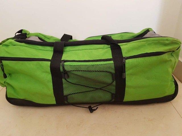 Bolsa grande com rodinhas - Foto 5