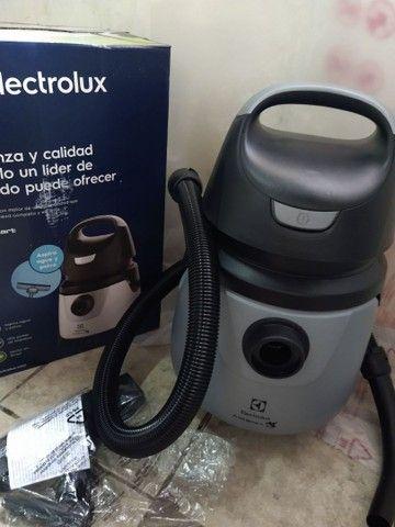 Aspidor de água e pó Electrolux. 1250w de potência. Novos na caixa - Foto 3