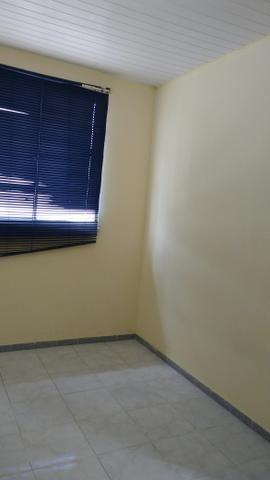 Aluga-se apartamento na Farolândia ao lado da sombra (79)998196442