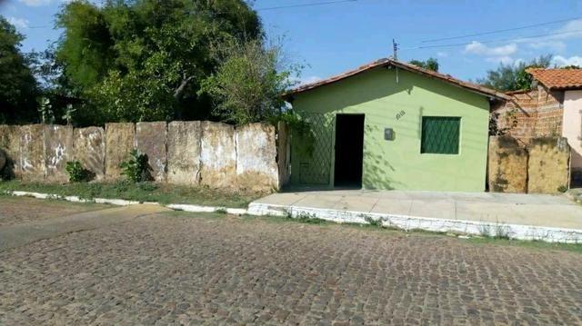 Vende-se casa/terreno ou os dois em Campo Maior