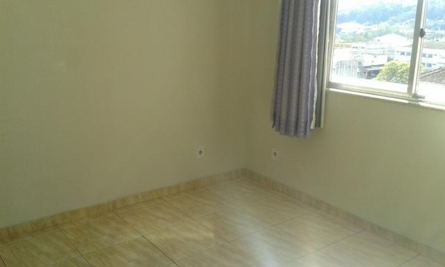 Apartamento com três dormitórios e espaço gourmet - Foto 8