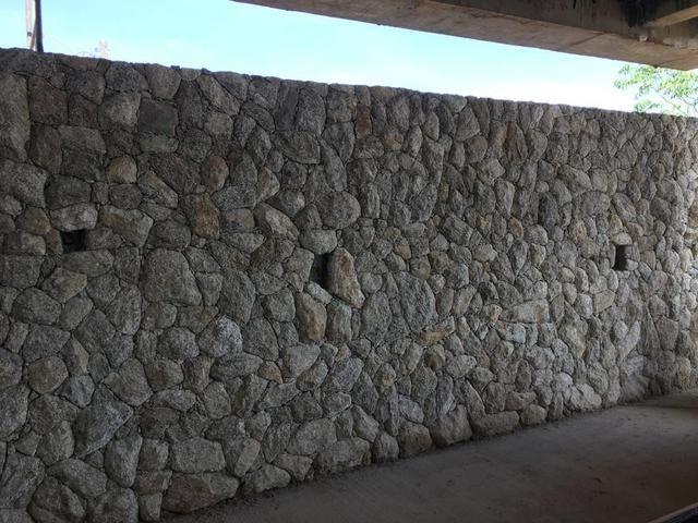 Muro de Pedra Arrimo Calçamento de Pedra Paralelepípedo Pedra Moledo Bloquete