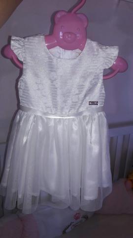 Vestido de festa para bebê tamanho M
