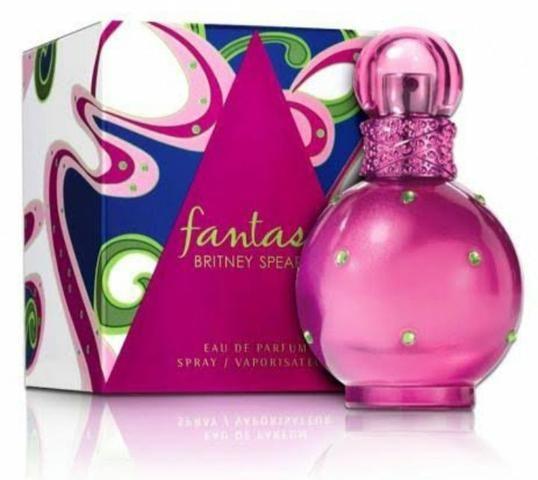 Perfume Fantasy /Britney spears -NOVO LACRADO