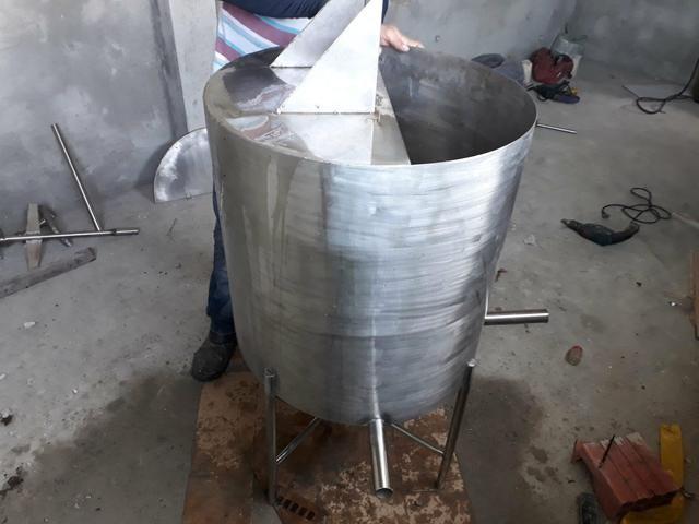 Tanque homogeneizador de 200L inox
