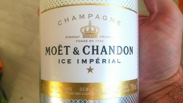 Garrafa Champagne Moët e Chandon Ice