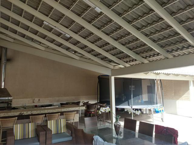 Arniqueiras QD 05 Casa 4 qts 3 suítes lazer condomínio fechado só 599mil Ac FGTS Imóvel - Foto 4