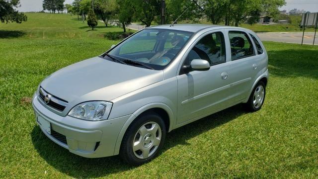 Corsa Hatch Premium 2009 *Raridade para COLEÇÃO