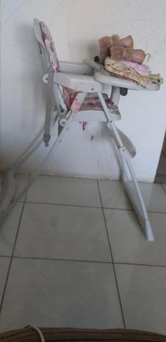 Cadeira de alimentação 200.00