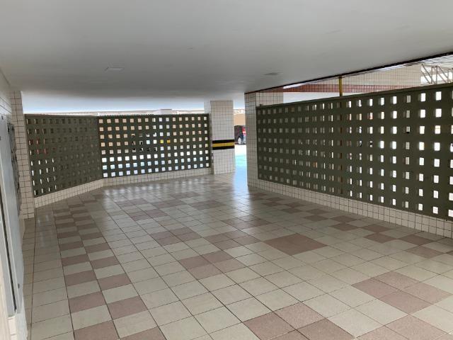 Apartamento no Cocó com 3 quartos + dependência de empregada - Foto 17