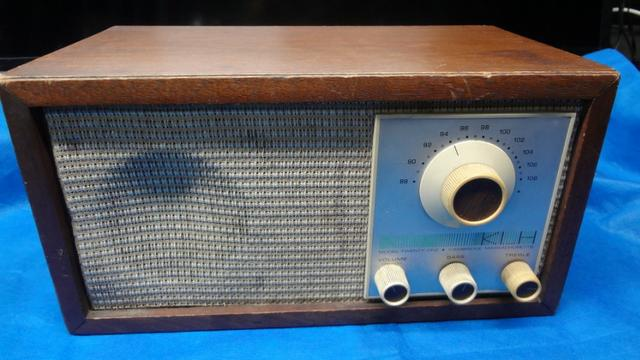 Radio Klh Model Twenty-one (21) Fm Radio (1965) - Foto 3