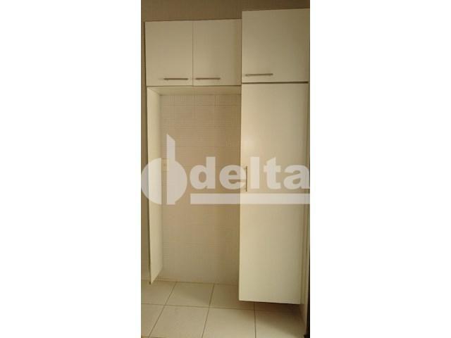 Apartamento para alugar com 3 dormitórios em Saraiva, Uberlândia cod:605513 - Foto 12